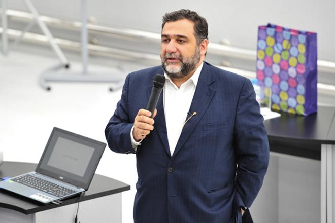 Рубен Варданян: В будущем мы сможем извлекать выгоду из нашей креативности и всемирной сети армян