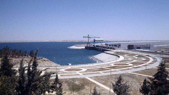 В Дейр-эз-Зоре открыли понтонный мост через Евфрат