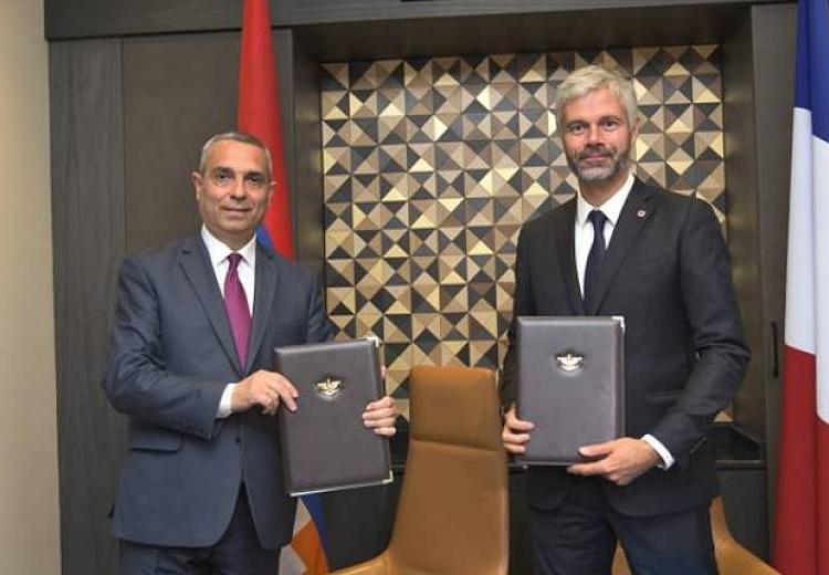 Министр иностранных дел Республики Арцах Масис Маилян встретился в Ереване с председателем регионального совета Овернь-Рона-Альпы