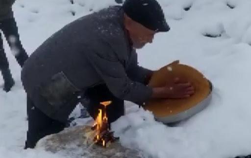 Batı Ermenistan'ın Dersim Ovacık'ta Gaxand Lokması Dağıtıldı