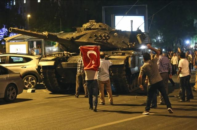 Кто решил Армению напугать «нападением» Турции?
