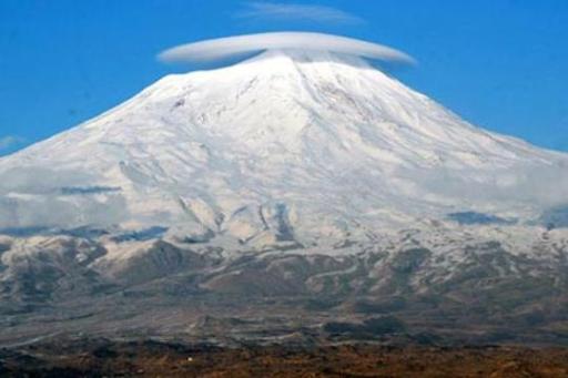 Ararat dağı neredeyse tamamen beyaz kar tabakasıyla kaplandı