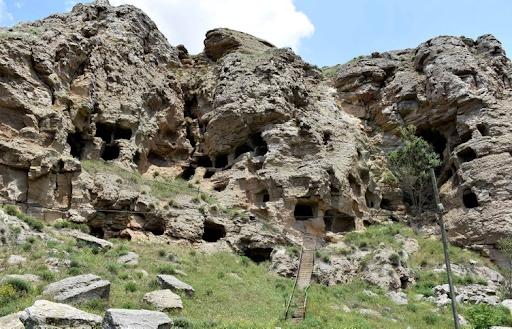 Սեբաստիոյ բնակիչները կը պահանջեն վերականգնել 4600-ամեայ հնամենի ժայռափոր կացարանները