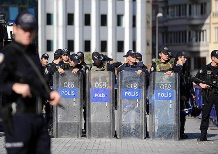 Batı Ermenistan'ın Van şehrinde sıkıyönetim 15 gün daha uzatıldı