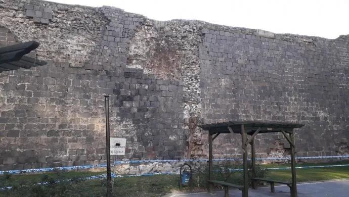 Batı Ermenistan'ın Kharberd-Elazığ depremi Tigranakert'in tarihi surlarını etkiledi