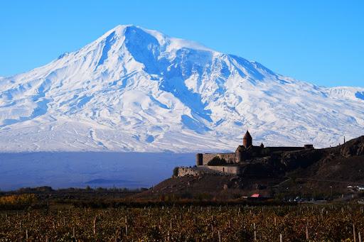 Financial Times, Ermenistan Cumhuriyeti'ni 2020'de bir numaralı turizm merkezi olarak nitelendirdi