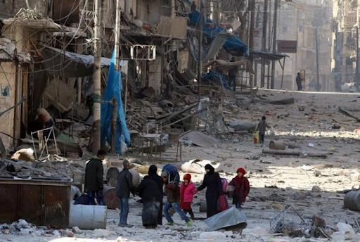 Halep sakinleri gerici militanların saldırılarına rağmen şehirden ayrılmayı reddediyor