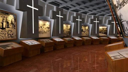 Müze Müdürü; Ermenilere karşı uygulanan soykırım kurbanlarının ve hayatta kalanların veritabanının oluşturulması önemlidir.