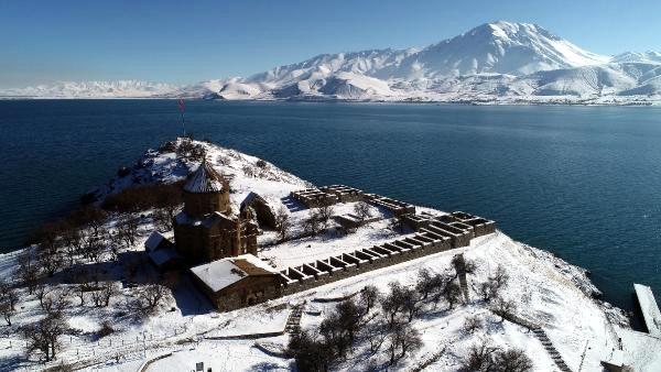 Աղթամար կղզիի ձմեռային գեղեցկութիւնը