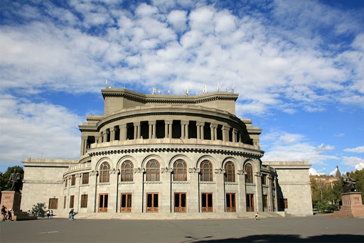 Music lovers can watch the performances of the Opera House online