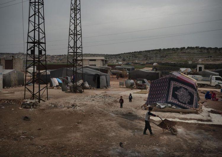 Gerici militanlar İdlib'in silahtan arındırılmış bölgesini 7 kez bombaladı