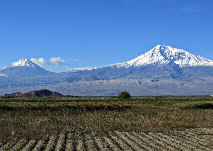 Ararat Dağı'nın etekleri göçmen kuşlara, Mındzur dağları yaban keçilere kucaklarını açtı