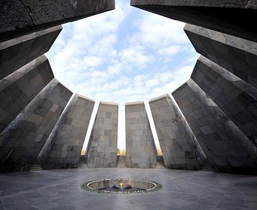Զարգացում Արեւելեան Հայաստանի մտայնութեան մէջ