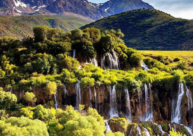 Этой весной  из-за пандемии коронавируса водопад Гирлевик остался без посетителей
