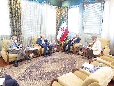 Ermenistan Cumhuriyeti Büyükelçisi İran Petrol Bakanı ile görüştü: Ermenistan Cumhuriyeti'ne ithal edilen gaz hacmini birkaç kez arttırmak mümkün olacak