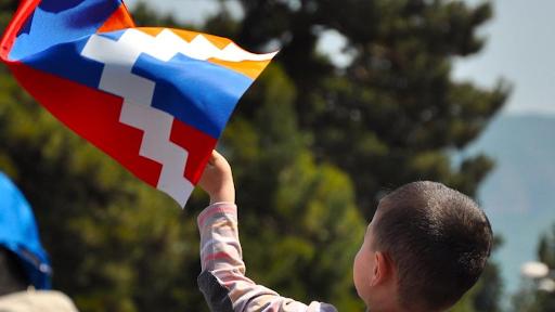 В этот день 1992 году был принят флаг Республики Арцах