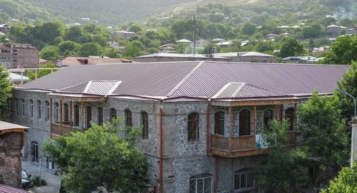 Goris, Ermenistan Cumhuriyeti'nin en önemli kültür merkezlerinden biri olma  iddiasında
