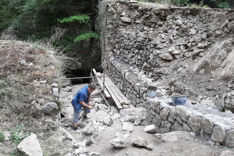 The historic Hunot Bridge is being renovated