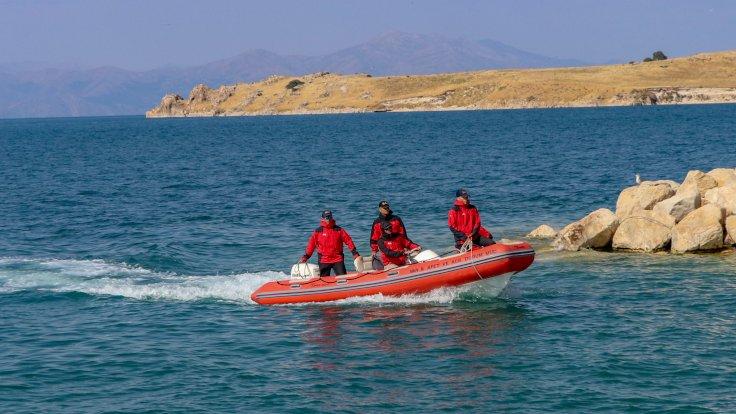 Արեւմտեան Հայաստանի Վանա լիճին մէջ խորտակուած փախստականներու նաւը գտնուեր է 106 մ խորութեան վրայ