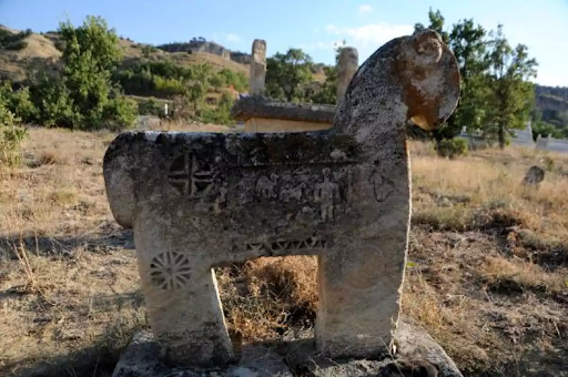The historic tombs of Dersim in Western Armenia have been looted by treasure hunters