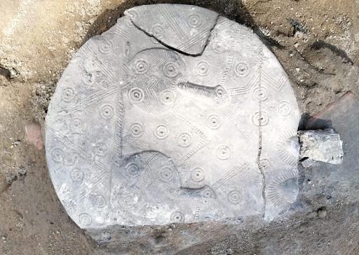 Կեսարիոյ մէջ 4300 տարուայ կուռքերու քանդակներ յայտնաբերուեր են