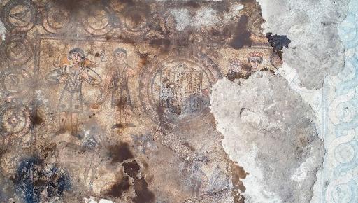 Արևեւմտեան Հայաստանի Մարդին նահանգին մէջ յայտնաբերած են 1624-ամեայ եկեղեւոյ խճանկարներ
