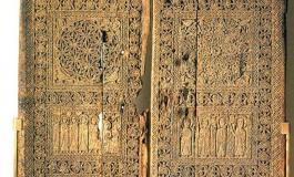 (Eastern Armenian) Մշո Սուրբ Կարապետ վանքի դռան ոդիսականը…