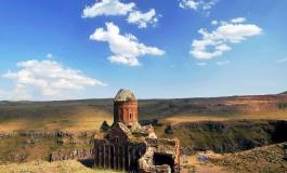(Eastern Armenian) Հայկական եկեղեցիների հետ վարվում ենք այնպես, ինչպես մեր պապերը. Էրդողան