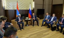 (Русский) Медведев, Лавров и большая делегация РФ посетят Армению осенью