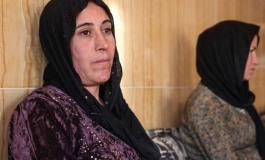 (Turkish) Köle pazarında 5 kez satılan Êzîdî kadın: Madafî'de alıkoydular