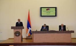 (Eastern Armenian) Խորհրդարանը հատուկ նիստում Բակո Սահակյանին ընտրեց հանրապետության նախագահի պաշտոնում