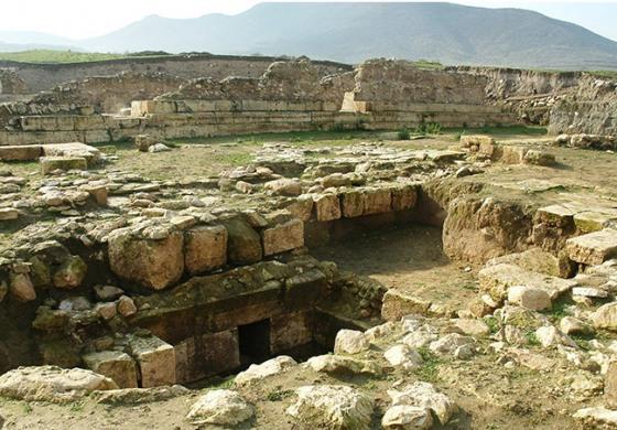 (Eastern Armenian) Տիգրանակերտը հունահռոմեական քաղաքների իդեալն է. Համլետ Պետրոսյան