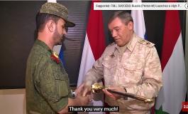 (Western Armenian) Սուրիոյ մէջ ռուսական զորքերու հրամանատարը պարգեւատրած է «Վագրէ ստորաբաժանմումի հրամանատարներուն