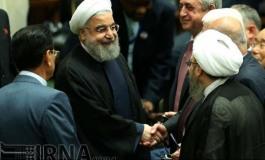 (Русский) Почему на инаугурацию президента Ирана прилетел Саргсян и не прилетел Алиев